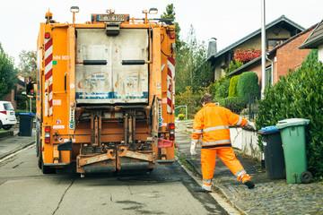 Zmiana terminu odbioru odpadów !!!